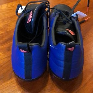 Adidas zapatos NWT  mujer soccer cleats 9510 poshmark